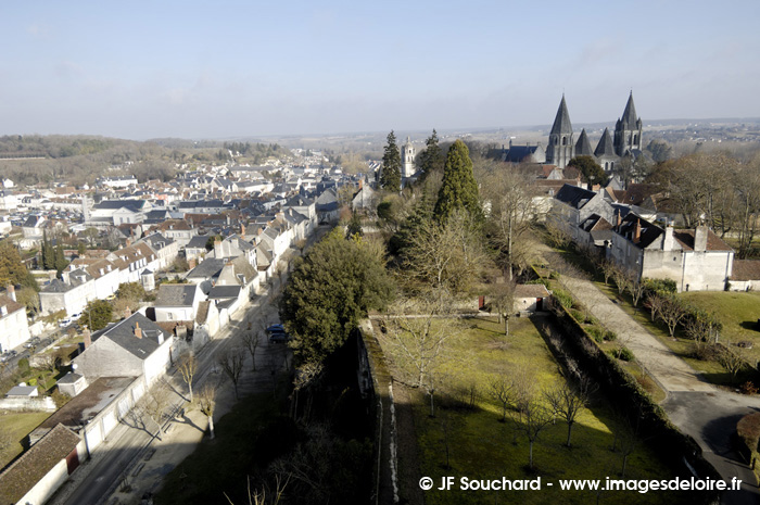 ChateauLoches034.jpg